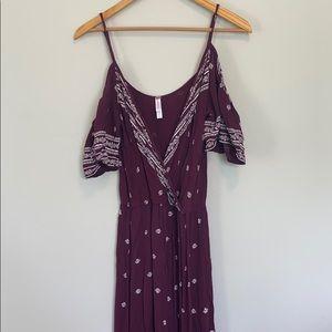 BOHO burgundy and white detail maxi dress!!